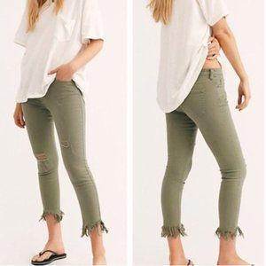 Free People Great Heights Frayed Skinny Jeans 27
